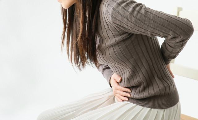 症状が進行すると膀胱などに障害が出ることもあります